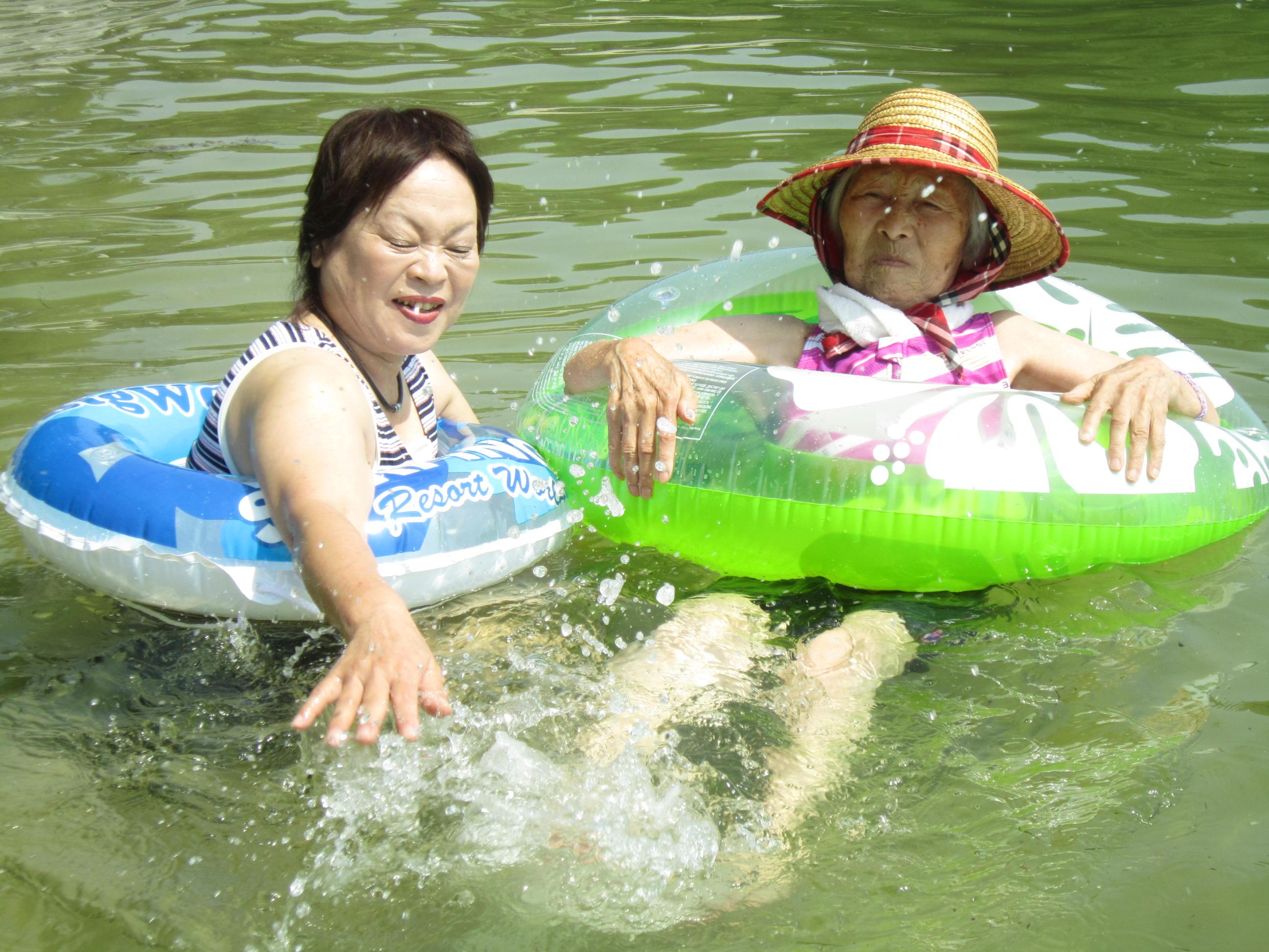 夏だ!海だ!!水遊びだ(^^)/