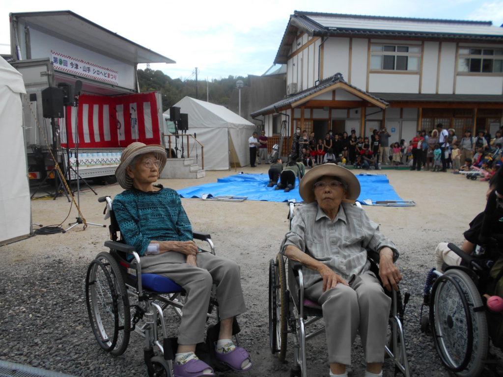 白蛇神社祭り